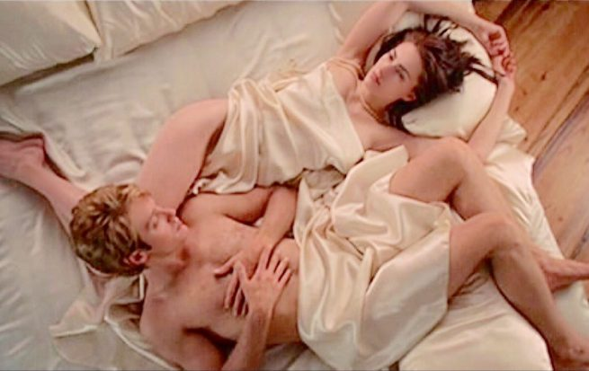 James Spader and Mädchen Amick in Dream Lover